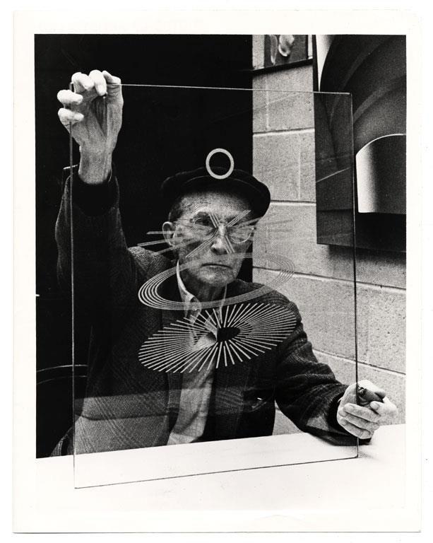 Marcel Duchamp                                                                                                                                                      Más