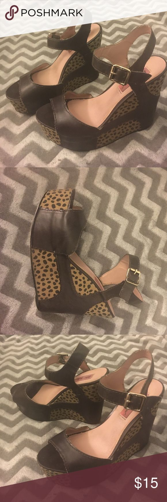 Betsey Johnson wedges, brown and tan Fun and playful neutral wedges! Betsey Johnson size 8.5 brown faux leather with a tan and black spotted print. Betsey Johnson Shoes Wedges