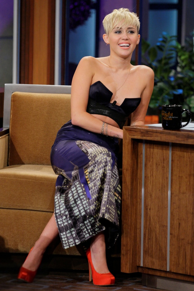 99 best Miley Cyrus/Fashion Flair images on Pinterest | Miley ...