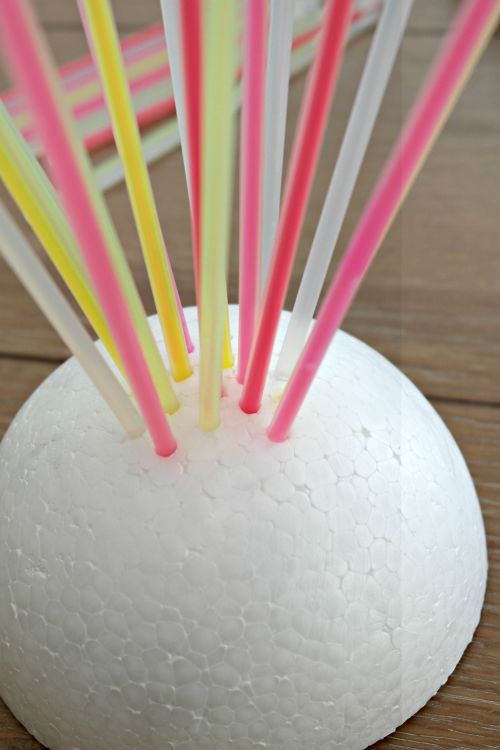 DIY-glow-stick-centerpiece-summer-Darice-5