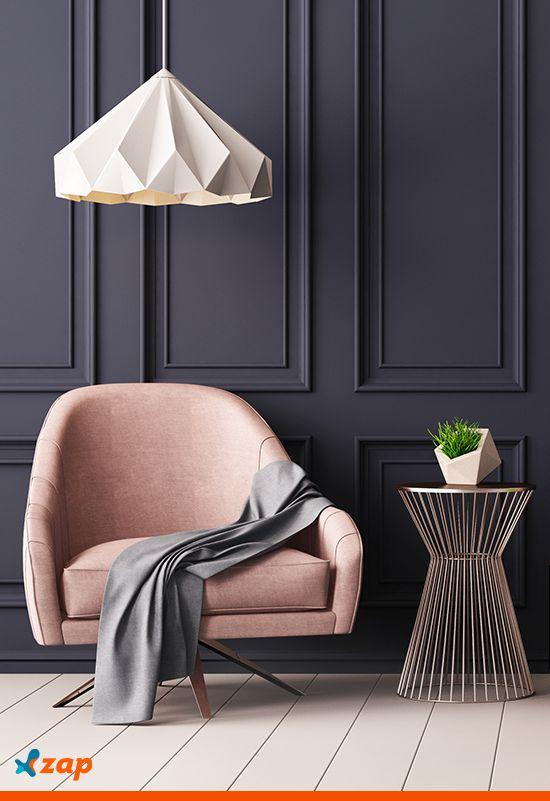 O veludo é considerado bastante elegante e pode dar um toque de sofisticação a qualquer ambiente. Na sala, pode ser usado em sofás, cadeiras, assentos de cadeiras, pufes, poltronas e até na cortina. Inspire-se!