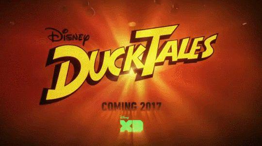 Interrumpimos el hiatus de L8news para dar información urgente: Disney reveló hoy mas información del regreso de la serie animada noventera Patoaventuras. El programa es en 2D y su 1 temporada tiene 21 episodios de media hora y 2 de una hora. Todos sus personajes regresarán. Si eso incluye a McQuack Ciro Peraloca y Mágica la bruja. Patoaventuras se estrena en el verano (entre junio y agosto) de 2017 en el canal Disney XD. [x]