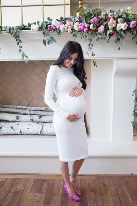 Spring maternity outfit idea from fashion blogger pink peonies: tight long-sleeve white dress