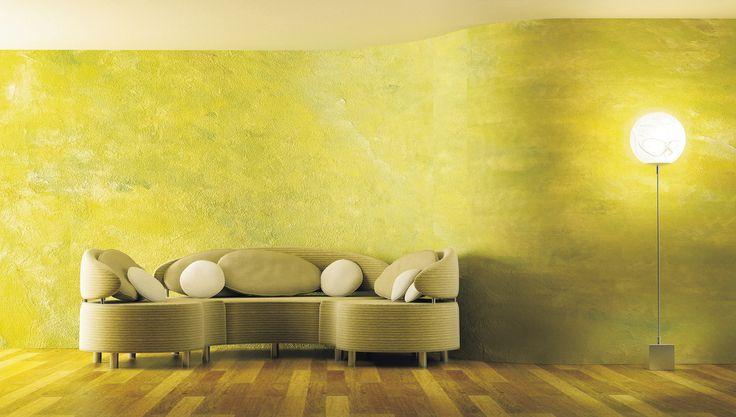 Il colore alle pareti si sa fa molto. Perché allora non aggiungere anche un tocco in più dando un particolare effetto decorativo? Vediamo come si fa la spugnatura a mettere.