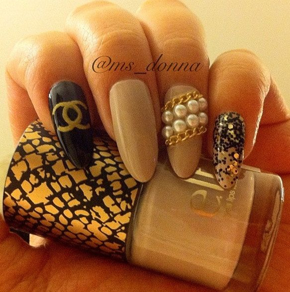 234 best nails images on pinterest nail designs nails and beautiful chanel press on stilleto nails with chains and pearls via etsy prinsesfo Choice Image