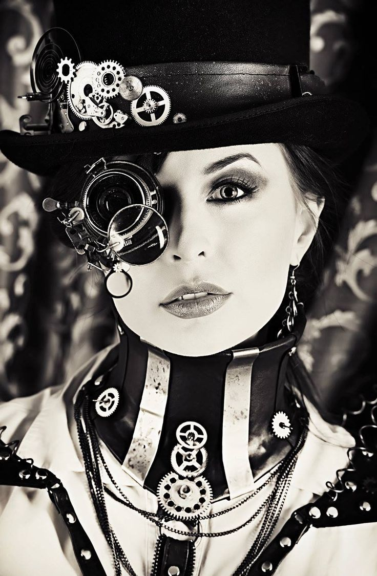 Two of my favourite things...Steampunk and black & white.  That hat and collar are both amazing.
