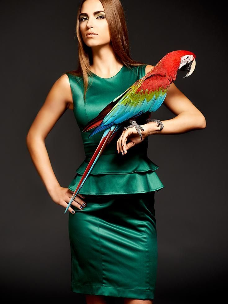 picture-mexican-girl-shooting-bird