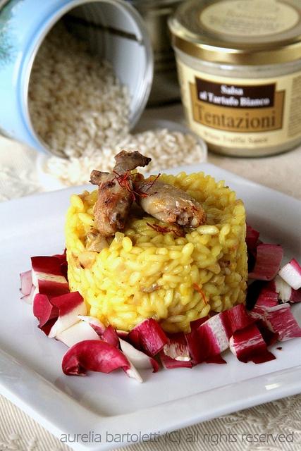 Risotto al tartufo con quaglie e zafferano (White truffle risotto with quail & saffron).  #badvegetarian