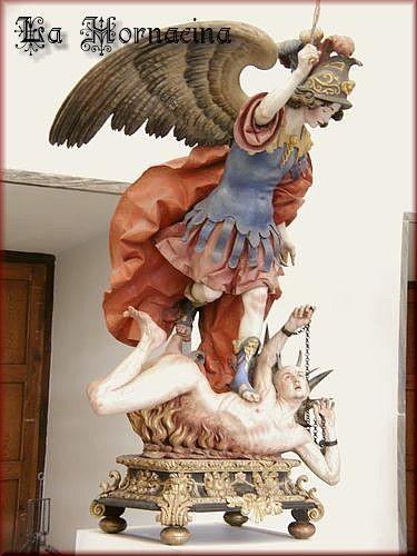 """La Roldana, """"El Arcángel San Miguel con el diablo a sus pies"""""""