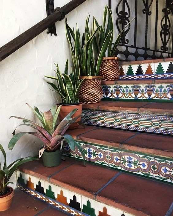 Not my style, but I love tiled steps. They just add a little character …