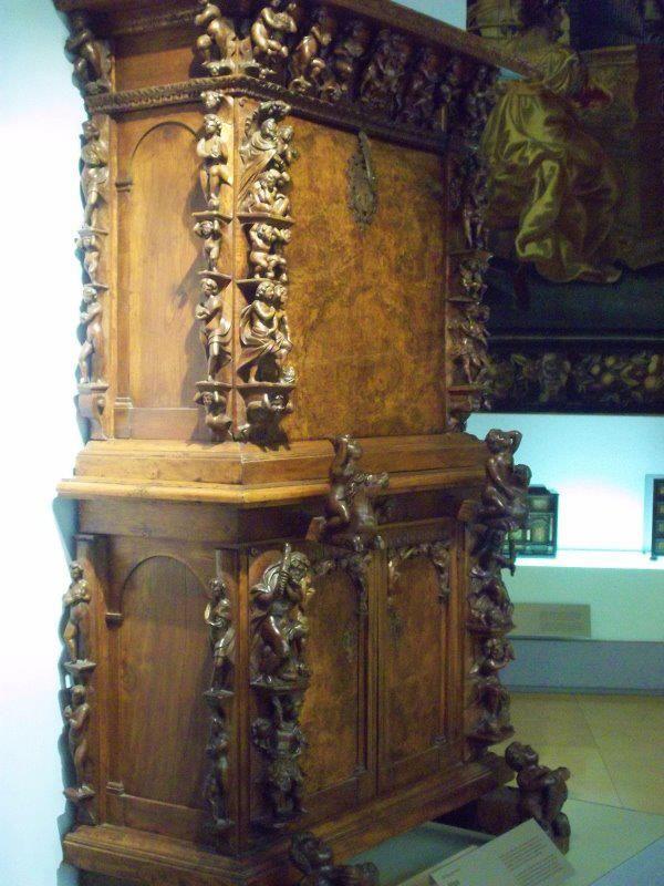 151 besten bambocci cabinet myo bilder auf pinterest antike m bel holz und feine m bel. Black Bedroom Furniture Sets. Home Design Ideas