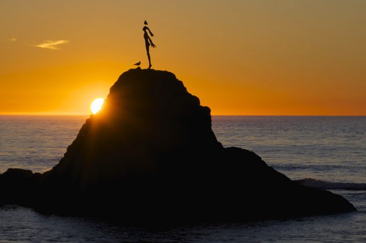 Lady On The Rock by Antony Eley on 500px  Unveiled at the Whakatane Heads (New Zealand) in 1965 this bronze statue atop Turuturu Rock, lies at the mouth of the Whakatane River and commemorates the bravery of Wairaka, the daughter of Toroa, captain-navigator of the Mataatua waka (maori canoe).