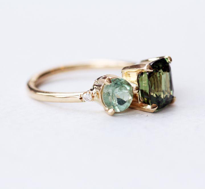 mociun:    Alexandrite Cluster Ring