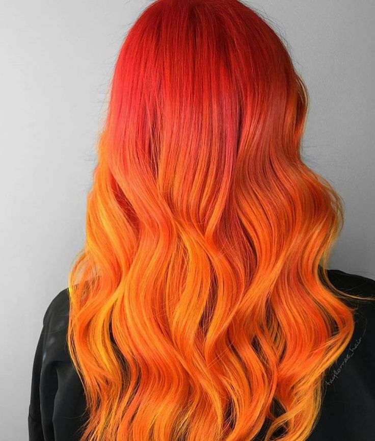Can you handle the heat? • Shades of blaze by @taylorrae_hair #pravana