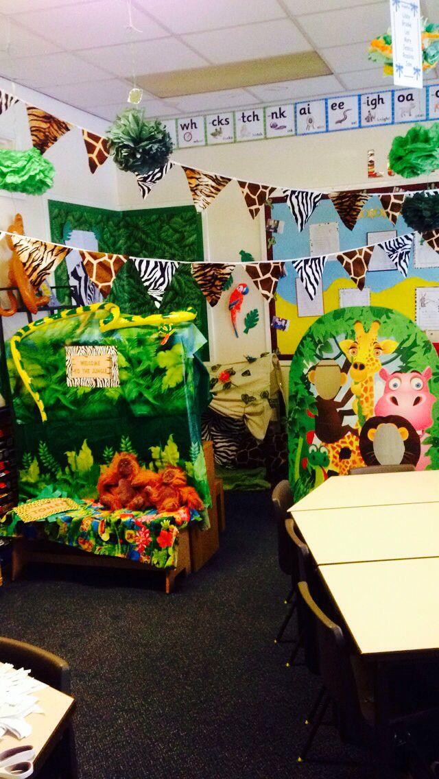 Jungle safari role play area