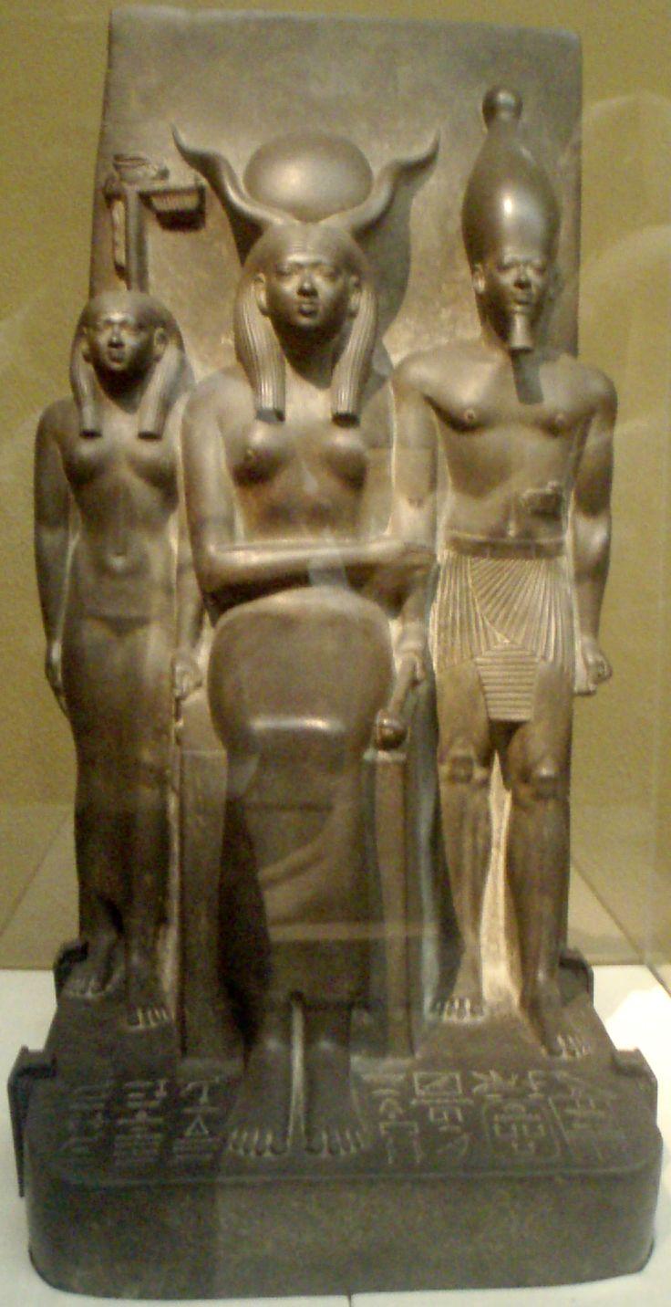 Namen von Mykerinos Statue des Mykerinos und der K…