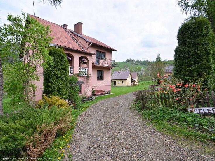 Zapraszamy do Domków w Górnym Końcu – sprawdzonym obiekcie w Terce. Więcej informacji: http://www.nocowanie.pl/noclegi/polanczyk/domki/58189/