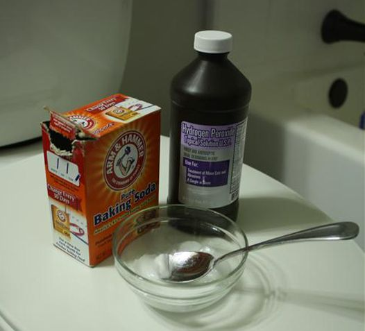 How to remove tub stains naturally with non-toxic homemade cleaners