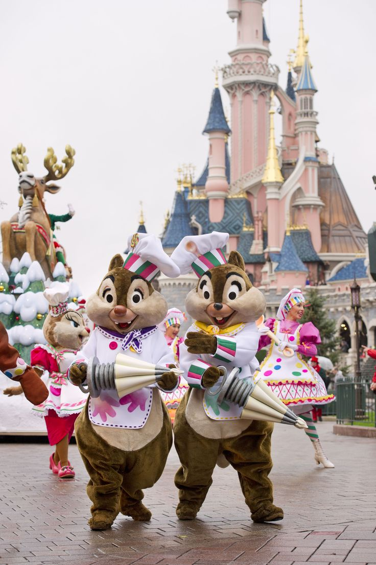 Forced to wear dresses at disneyland stories - Chip Dale In The Christmas Xmas Cavalcade In Front Of The Sleeping Beauty Castle At Disneyland Paris Tic Tac