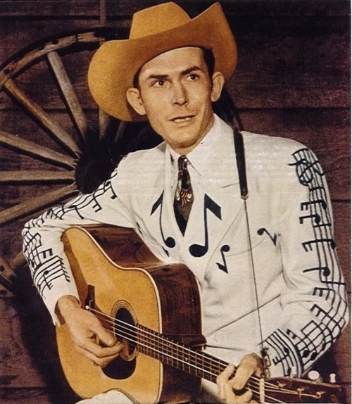 I love Hank Williams, Sr. and I love this amazing suit.