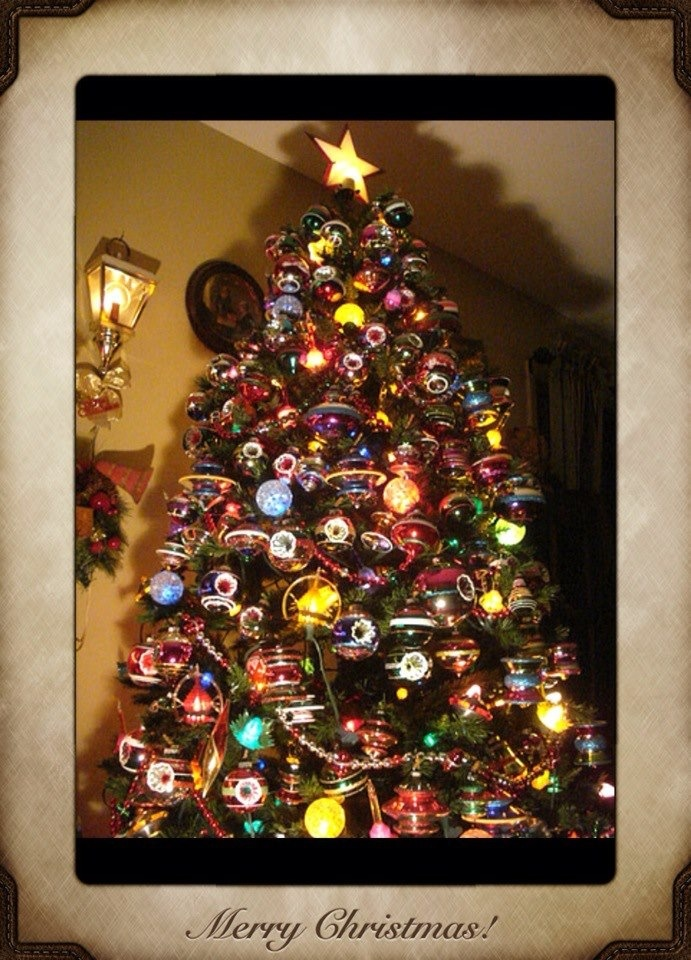 My Vintage Themes Family Room Christmas Tree For 2012