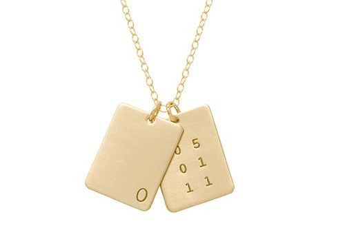 These personalized necklaces would make a great push present... #vbpinparty #pushpresent