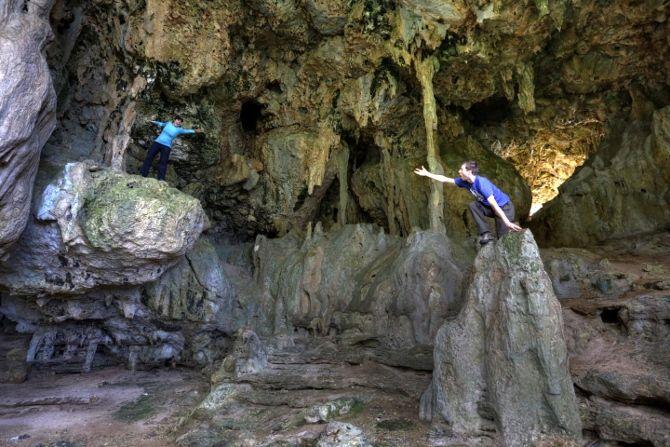 Fangatave Beach Caves - Eua, Tonga