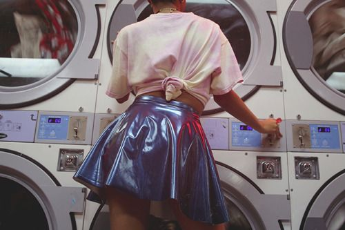 thomeyorker:Wash and Dry by Alexa King