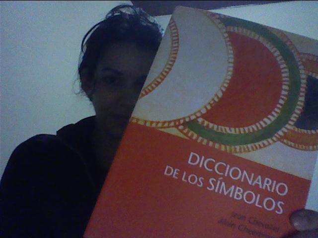 Feliz con mi nueva adquisición: Diccionario de los símbolos de Chevalier. Ed. Herder.