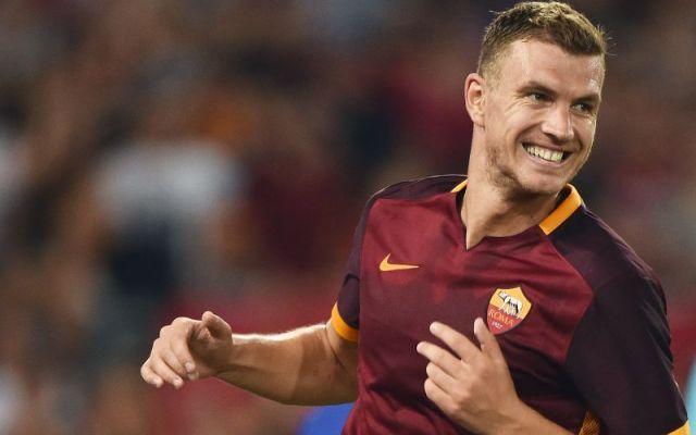 Dzeko e la Roma si dicono addio? Su di lui ce'.. L'ex attaccante del Manchester City ha avuto non poche difficolta' sino ad oggi, sei i gol messi a segno in 26 presenze tra campionato e coppe, pochi visto le aspettative che c'erano al momento del s #roma #mercato