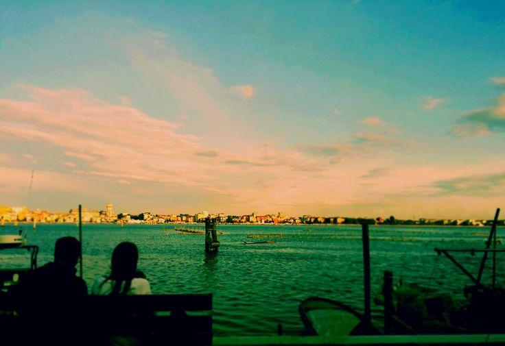 Lovers in the blue lagoon ❤ #chioggia ph. Raffaella Gorda