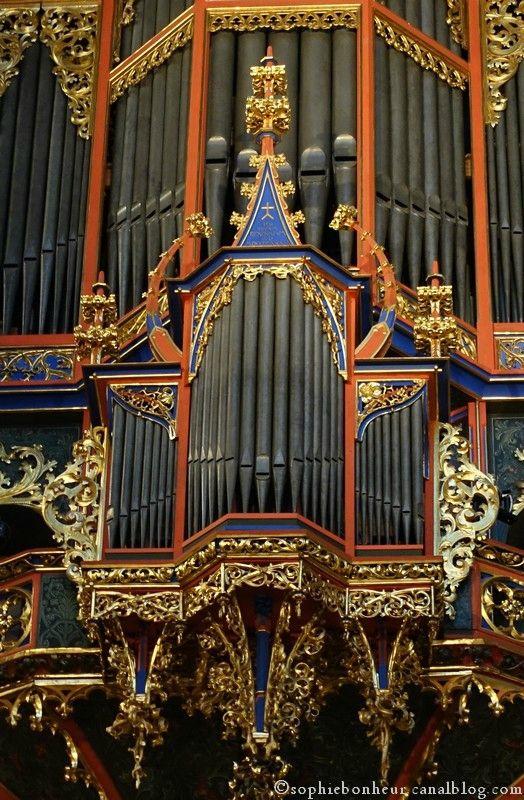 Les 25 meilleures id es de la cat gorie cathedrale for Salon de musique strasbourg