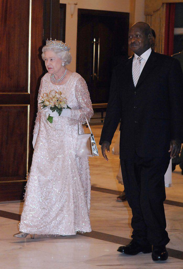Queen Elizabeth II Photos Photos - Royal Trip: Commonwealth Heads Of Government Meeting: Uganda - Day 2 - Zimbio