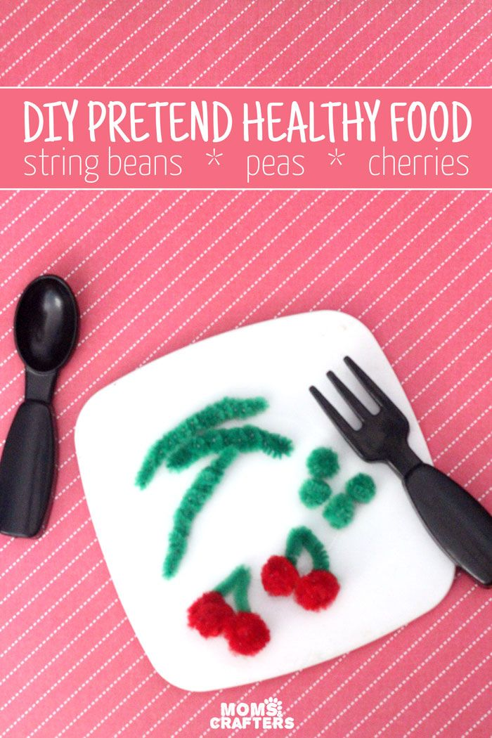 This pretend play food is one of the easiest DIY toys I've seen! Encourage healthy eating in toddlers and young kids - it takes only a few minutes and is a quick and easy mom craft.