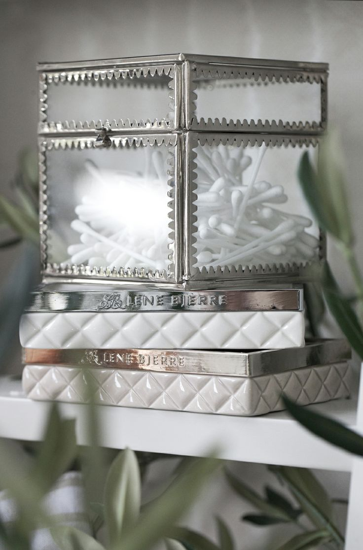 TRADITION glass box and PORTIA soap dishes in white/silver and camel/gold. Lene Bjerre spring 2014