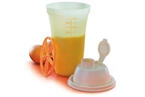 pâte Brisée : 1/2 pot crème fraîche +1 oeuf + 1/2 sachet de levure pour gâteau+200g de farine Recette Mayonnaise rapide sans œuf avec le shaker Mélanger dans le shaker tupperware 500 ml: 1 cuillère à soupe de moutarde forte + 1/2 couvercle de lait concentré NON sucré (bien frais) + 1 pincée de sel (5 ml) + 1 couvercle d'huile Bien secouer le shaker (c'est encore liquide).Ajoutez 30 ml de jus de citron. Bien secouez et laissez la mayonnaise s'épaissir. se conserve 1 semaine au frigo Un…