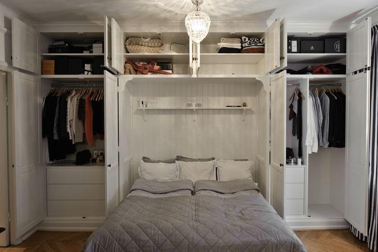 sovrum platsbyggd bokhylla - Google Search