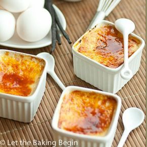 Easy 4 Ingredient Classic Creme Brulee- creamy, smooth custard with delicious sugar crust on top.