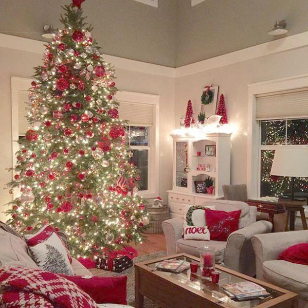 Christmas Jam Christmas Vacation Spots Minus Christmas Family Home Activities Up Ch Traditional Christmas Decorations Fun Christmas Decorations Christmas Home