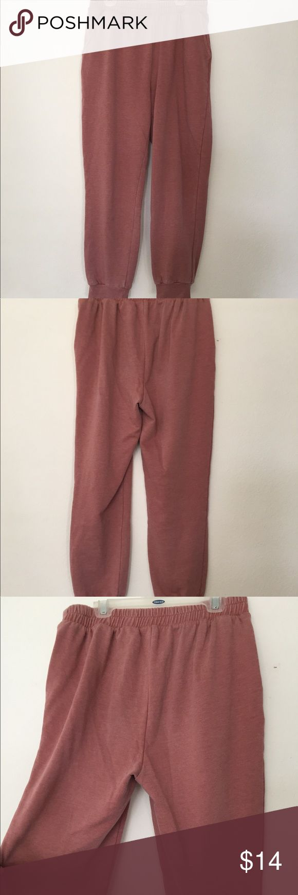 NWOT Mauve French Terry Joggers **With Pockets** NWOT soft mauve colored joggers!! Feature pockets, elastic waistband, and elastic cuffs. Very stretchy, not too much of a dropped crotch. Very comfortable!! ALL offers welcomed—bundle for a deeper discount!! Forever 21 Pants Track Pants & Joggers
