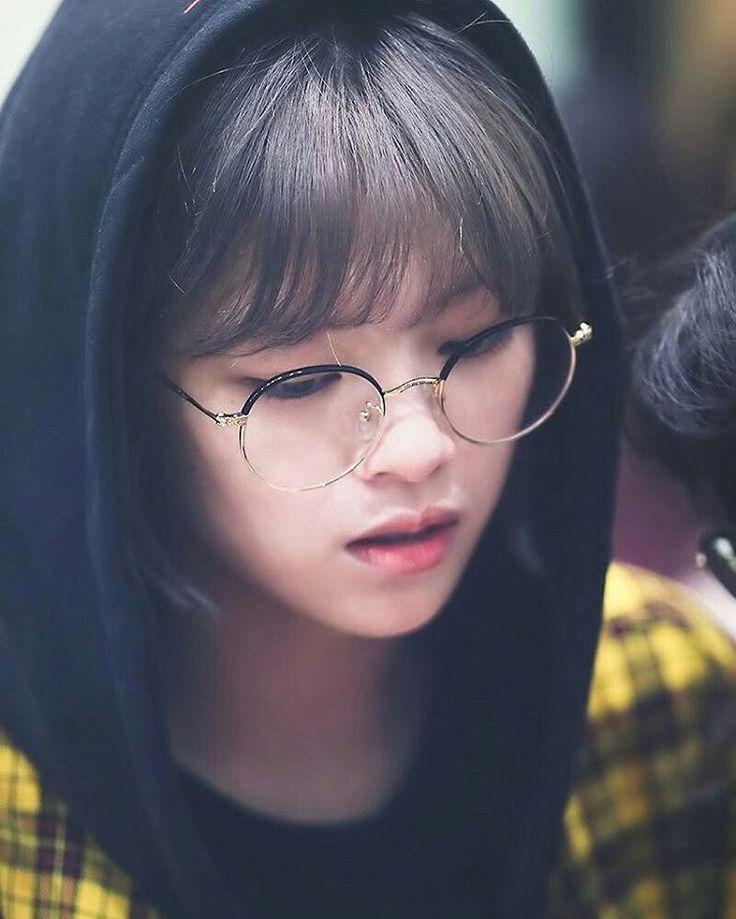 Jeongyeon - Twice ♡ (@TartaDeFresa04) | Twitter ¿Te gusta el K-pop? Puedes pasar por mi cuenta de Twitter, encontraras contenido de Kpop. Rapido! estamos por llegar a los 100 seguidores >_<