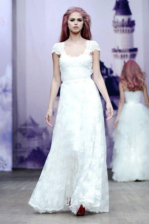 Hittat min bröllopsklänning! Måste bara bli friad till... Ida Sjöstedt