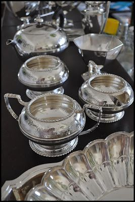 Cleaning silver