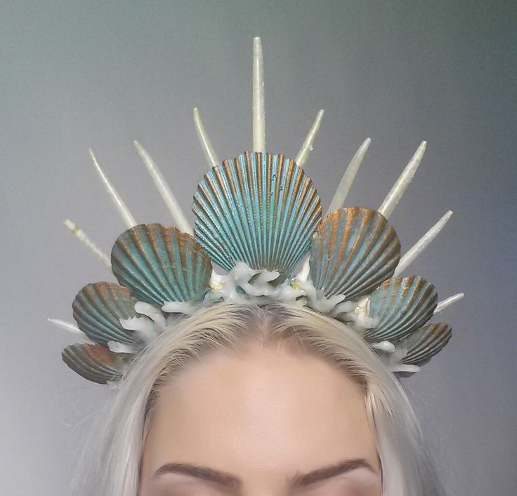 I'm crazy about this shell headdress!