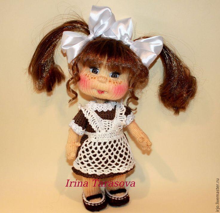 Купить школьница - коричневый, куколка, школьница, ручная работа, вязаная кукла, кукла в подарок