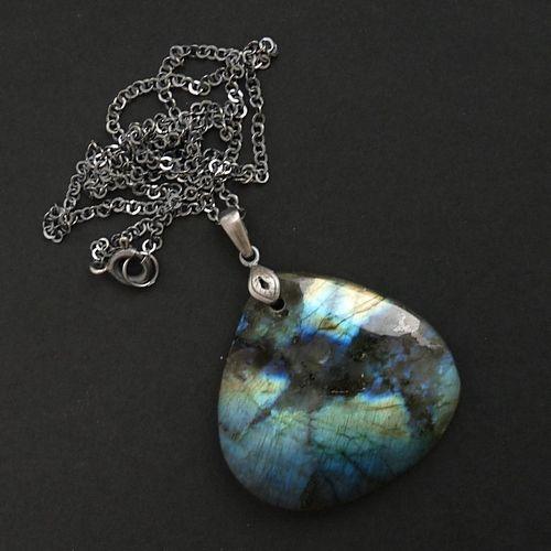 Magiczny labradoryt w srebrze.  #srebro #fire #jewelery