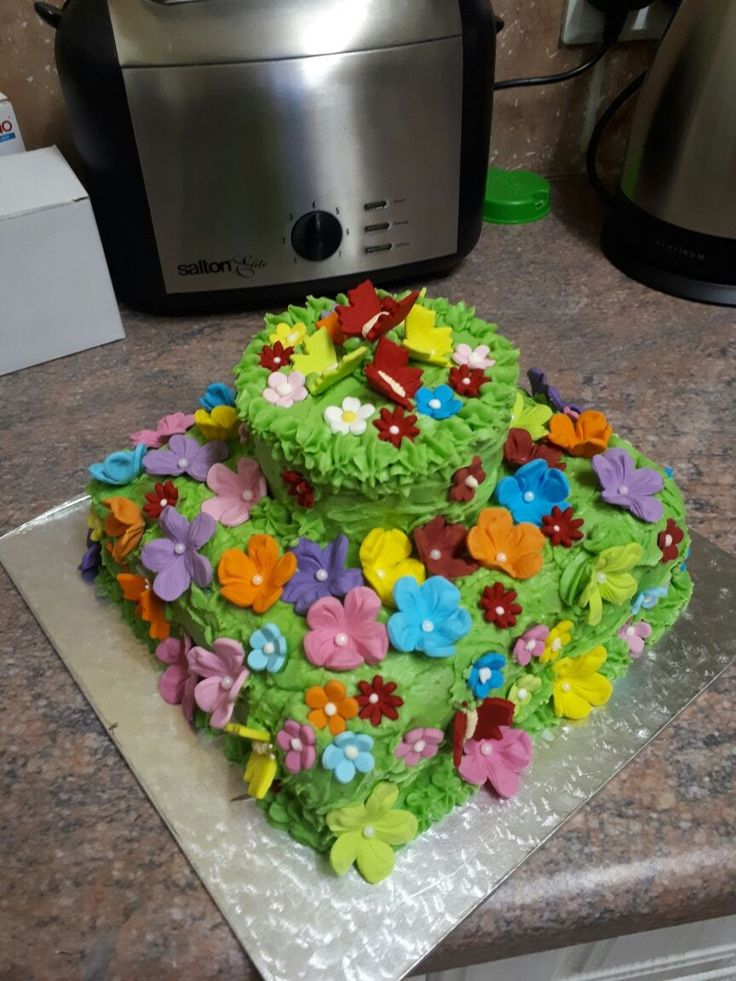 Flower cake for 11 year old