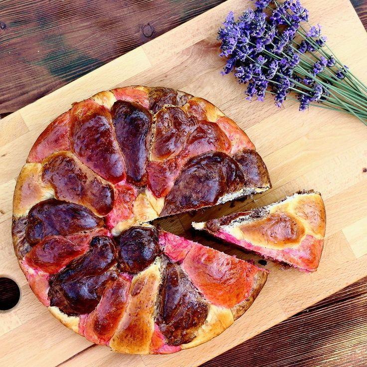Színes kalács mégegyszer.  #olgikonyhaja #mik #mutimitsütsz #mik_gasztro #canon #mutimiteszel  #hungary #fotoklub #mutimitnassolsz #foodandwine #feedfeed #recept #food  #sunnyday #foodpics #foodphotography #relaxing #feelinggood  #homemade #homemadefood #healthy #yummy #kalács #színeskalács