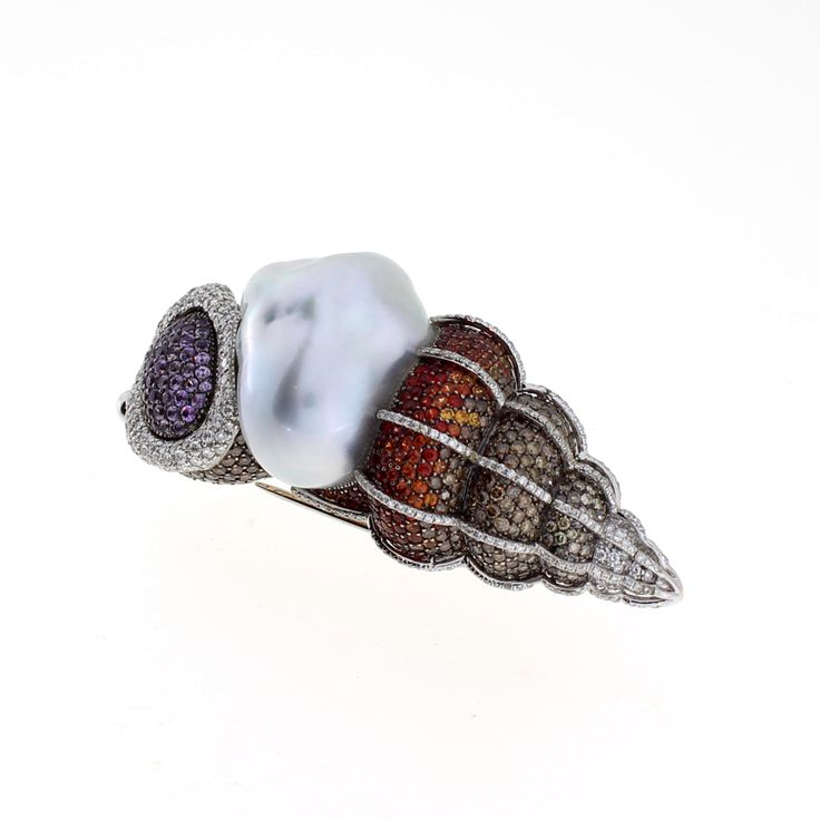 Autore Oceania Brooch  18k White Gold with Diamonds and a Baroque South Sea pearl