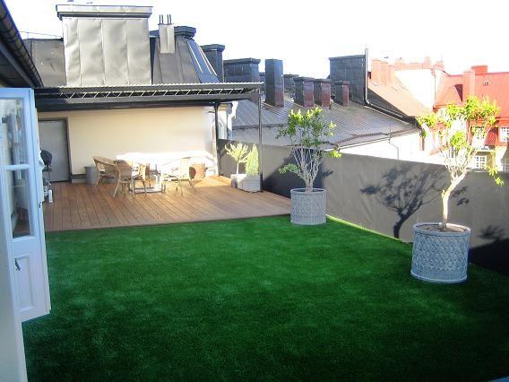 Nu kan du ha gräs på din balkong,terrass,utan att du behöver klippa det.   Webflower bloggar